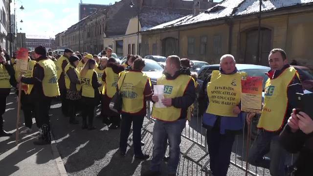 Proteste ale profesorilor, la Sibiu: \