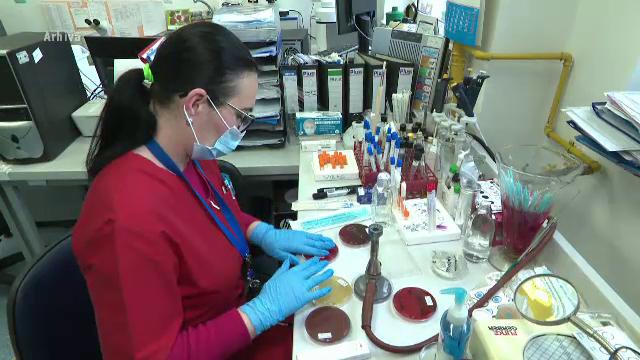 Cinci chinezi și opt români, suspectaţi de coronavirus. Cât timp vor fi monitorizaţi