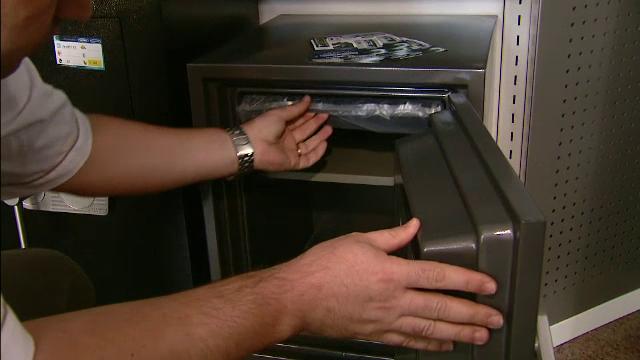 Ce au descoperit hoții când au deschis seiful furat dintr-o brutărie din Capitală