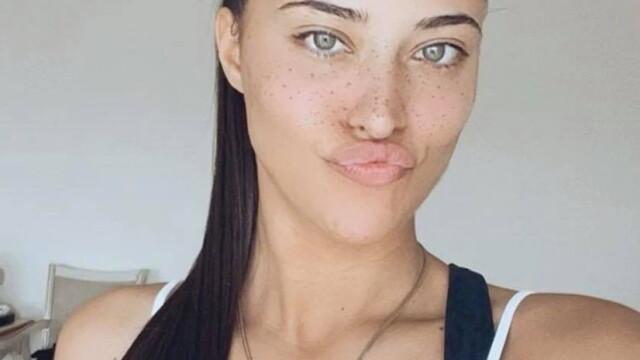 """Antonia, primele imagini după ce s-a operat la sâni: """"Sunt fată mare"""" - Imaginea 2"""