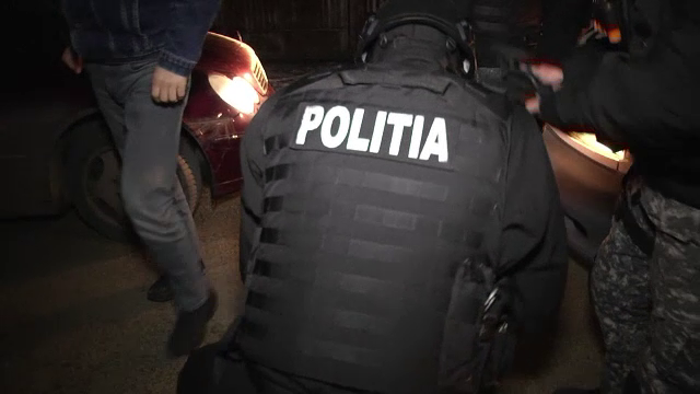 Acțiune de amploare în Dâmbovița. 850 de mașini controlate și 1.000 de persoane legitimate