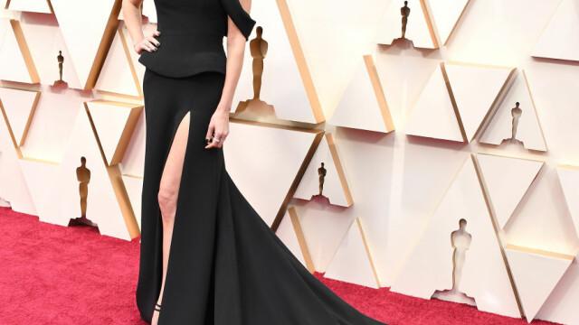 Top 10 cele mai frumoase ținute de la Premiile Oscar 2020 - Imaginea 10