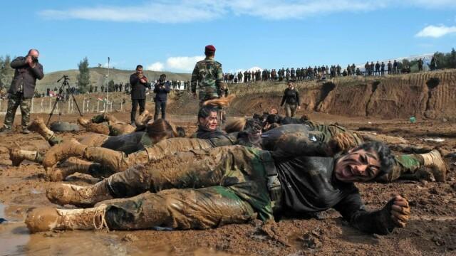 """Cum se pregătesc femeile kurde de război. Extremiștii ISIS sunt """"îngroziți"""""""
