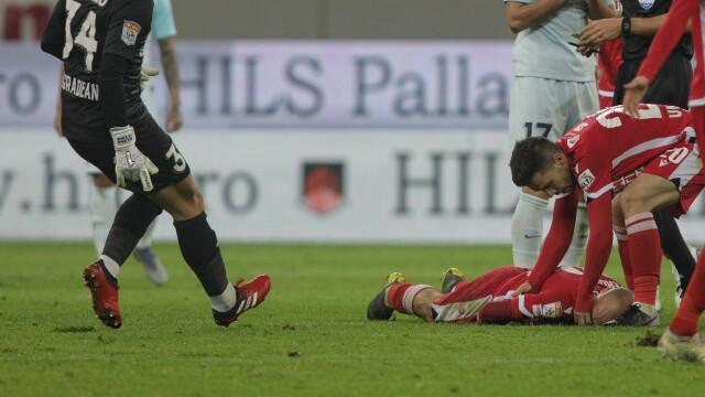 Dinamo - FCSB, scor 2-1. Meciul a fost oprit de două ori, un jucător a ajuns la spital - Imaginea 2