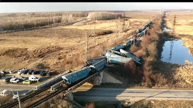 ANIMAȚIE GRAFICĂ. Cum a deraiat trenul plin cu marfă în apropiere de Caracal - Imaginea 1