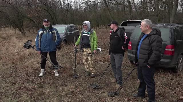Descoperire impresionantă în Buzău. Cum au găsit 7 bărbați o comoară de sute de ani