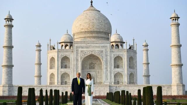 """Cum a decurs vizita lui Donald Trump în India. """"Namaste! America iubește India!"""""""
