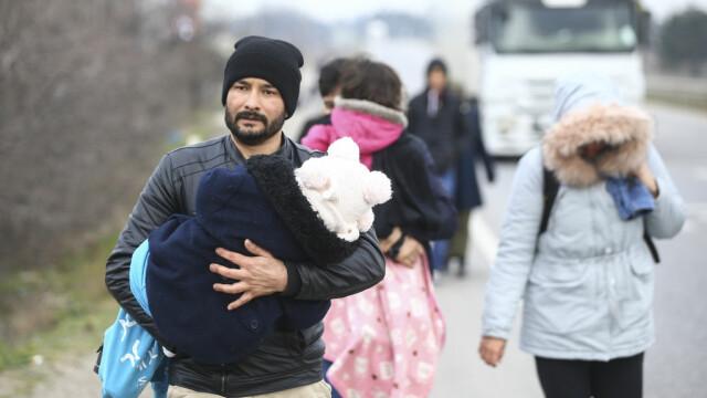 """Turcia deschide """"porțile"""" refugiaților sirieni către Europa. Grecia și-a dublat patrulele, Bulgaria sporește controalele - Imaginea 3"""