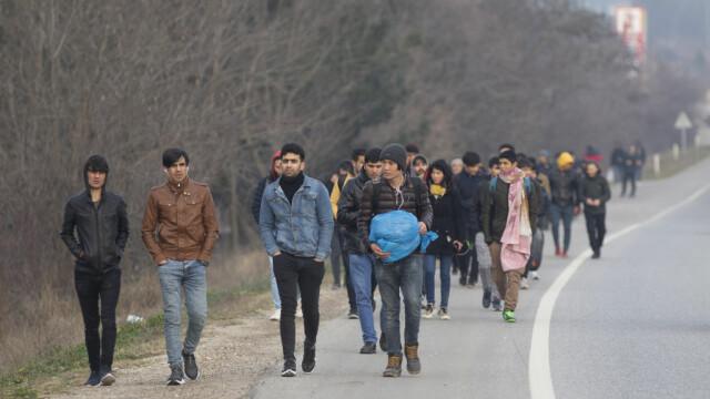 """Turcia deschide """"porțile"""" refugiaților sirieni către Europa. Grecia și-a dublat patrulele, Bulgaria sporește controalele - Imaginea 6"""