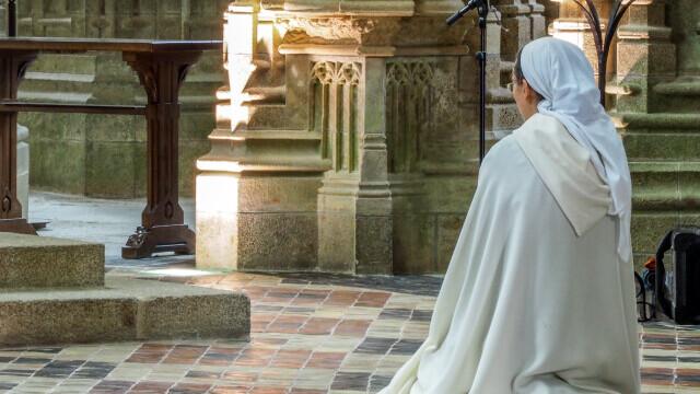 Cea mai vârstnică persoană din Europa, o călugăriţă franceză de 117 ani, s-a vindecat de Covid-19