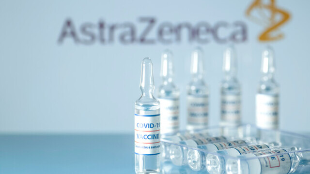 O nouă tranșă de vaccinuri AstraZeneca ajunge în țară. Cum sunt distribuite dozele