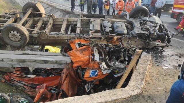 Accident grav în Giurgiu. Două persoane au murit și 7 au ajuns la spital
