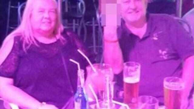 Familie trimisă după gratii după ce au mințit că s-au intoxicat de la mâncarea servită în vacanța din Canare