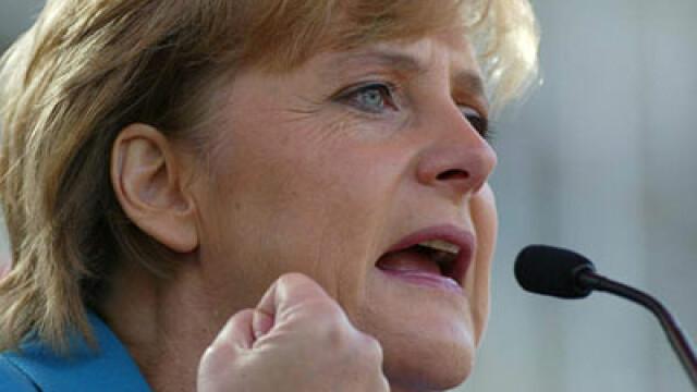Angela Merkel: Licitatiile trucate din Romania alunga firmele germane