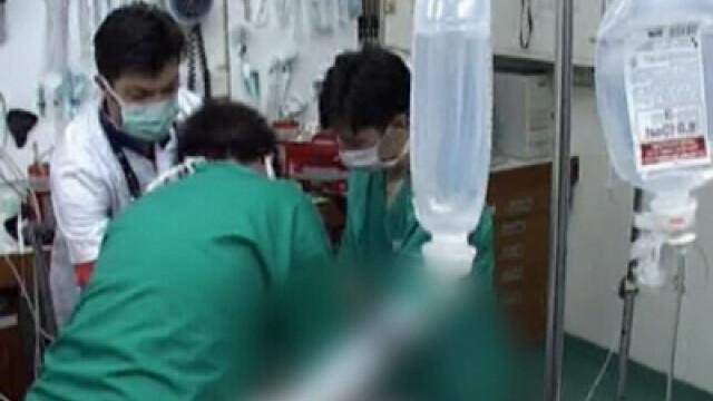 Cei doi copii de 12 ani, scosi din apele inghetate ale Muresului, au murit