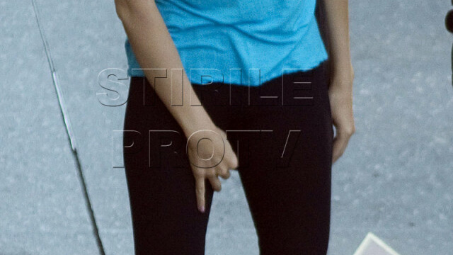 Christina Aguilera prinsa in ofsaid! I-au pus praf de scarpinat in colanti? - Imaginea 3
