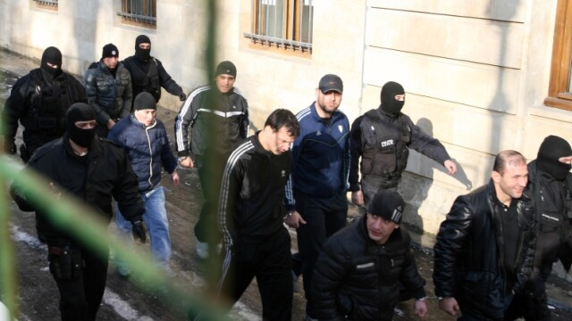 Suspecti furt arme Ciorogarla