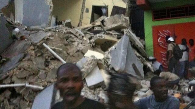 Miracol in Haiti! Doi copii au fost scosi vii de sub daramaturi! - Imaginea 2