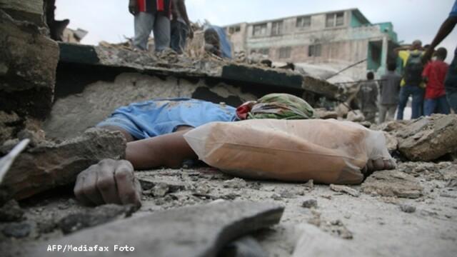 Miracol in Haiti! Doi copii au fost scosi vii de sub daramaturi! - Imaginea 4