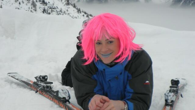 Roxana Ciuhulescu a avut parte de o vacanta alba in Alpi