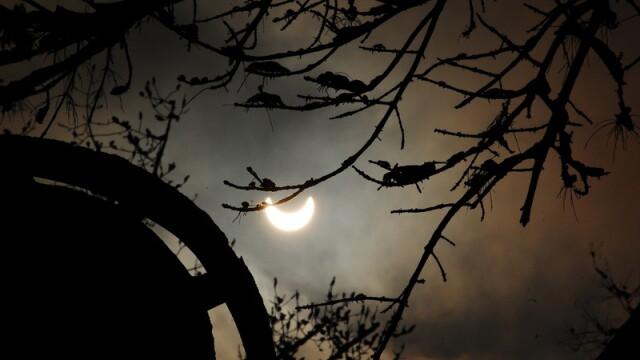 Prima eclipsa partiala de soare din 2011 a durat trei ore. VIDEO si FOTO! - Imaginea 10