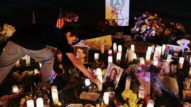 Detaliile ororii din Arizona: o femeie s-a aruncat peste asasin - Imaginea 7