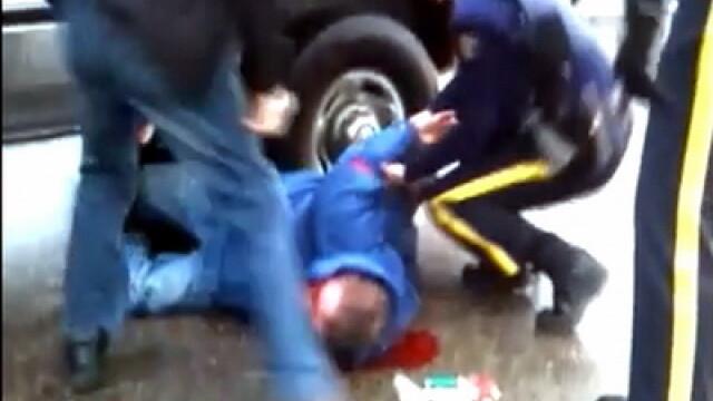 Violente ale politistilor SUA