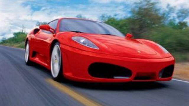 Cat costa cursurile care te invata cum sa-ti conduci bolidul Ferrari si cati au dat acesti bani