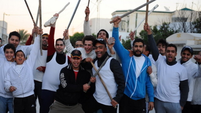 Stare de urgenta in Tunisia. Jafuri in serie si violente stradale. FOTO - Imaginea 1