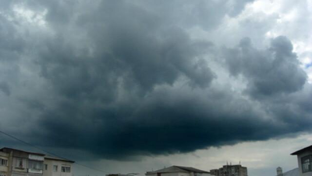 Nori de ploaie