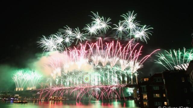 Adio, 2011, bun venit, 2012! Spectacolul de Revelion de pe diferite continente, in imagini uimitoare - Imaginea 7