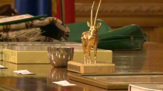 Ce cadouri au primit anul trecut parlamentarii romani de la oficialii straini