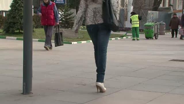 O prostituata cu amenzi de 76.000 de lei neplatite nu vrea nici sa munceasca in folosul comunitatii