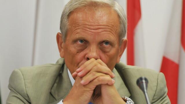 Stolojan: Blaga o invita pe Udrea la o discutie in vederea pregatirii alegerii membrilor BPN