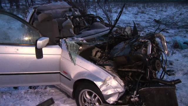 6 persoane si-au pierdut viata intr-un accident, in Vaslui. Acul vitezometrului arata 140 km/h