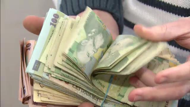 Cati bani mai are in buzunar un cersetor in 2012, pe timp de criza: 3.000 de euro, la prima strigare - Imaginea 2