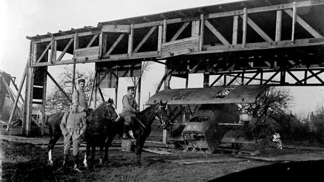 Imagini din Primul Razboi Mondial nemaivazute, gasite de un colectionar, intr-un aparat foto vechi - Imaginea 2