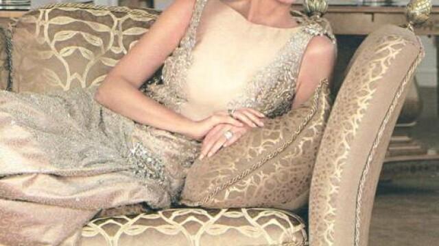 Este mama unui celebru artist si una dintre cele mai frumoase femei din Spania, in ciuda varstei - Imaginea 1