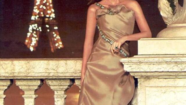 Este mama unui celebru artist si una dintre cele mai frumoase femei din Spania, in ciuda varstei - Imaginea 2