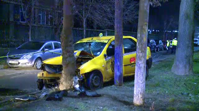 Accident grav in Capitala. Un taximetrist si pasagera din dreapta, dusi de urgenta la spital