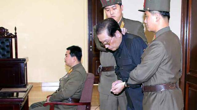 Dictatorul nord-coreean Kim Jong-Un continua executiile. Doi ambasadori si familiile lor, impuscati - Imaginea 2