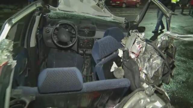 Accident in lant pe DN7, in Arad: doua autocare si sapte masini s-au ciocnit. Doua persoane au fost ranite