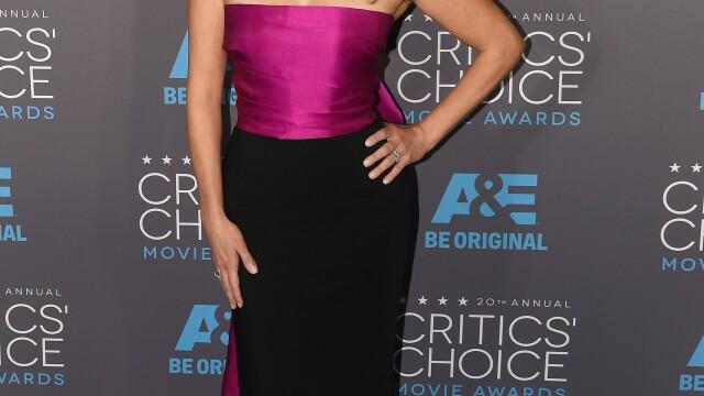 Angelina Jolie si-a eclipsat colegele de breasla la gala Critics Choice Movie Awards. Cum a aparut Jennifer Aniston. FOTO - Imaginea 8
