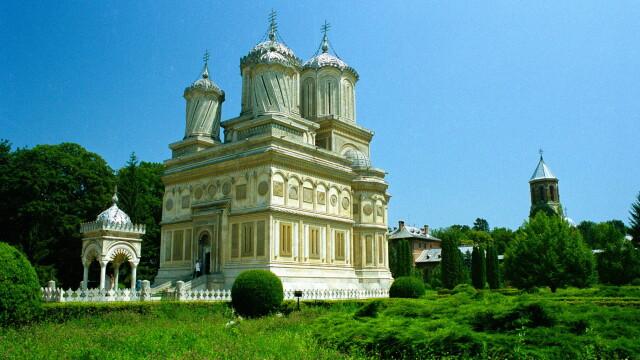 Turist in Romania. Locul in care legendele se imbina cu povestirile adevarate despre voievozi: Curtea de Arges