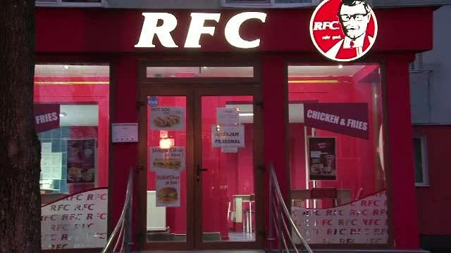 De ce a fost dat in judecata un barbat din Bistrita de catre gigantul KFC. \