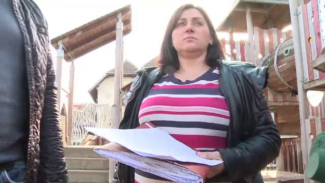 Femeia care a aflat ca va naste un bebelus cu malformatii a depus plangere la Colegiul Medicilor. Pe cine dau vina parintii