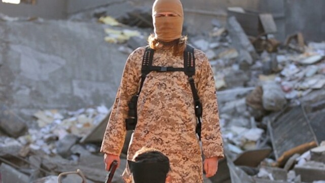 Statul Islamic a executat 5 prizonieri, intr-un nou clip in care ameninta Franta. Cine e singurul jihadist care ia cuvantul