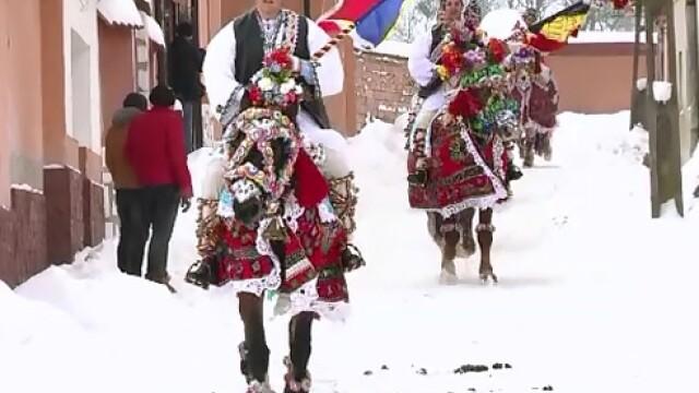 Udatul Ionilor, evenimentul care incheie sarbatorile de iarna. Cum se desfasoara obiceiul din judetul Sibiu