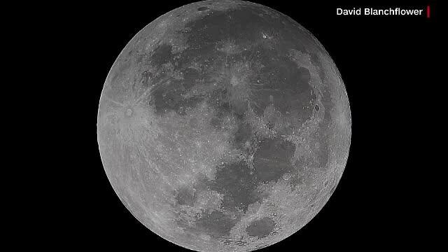 """Prima """"Super Lună"""" a anului 2018"""