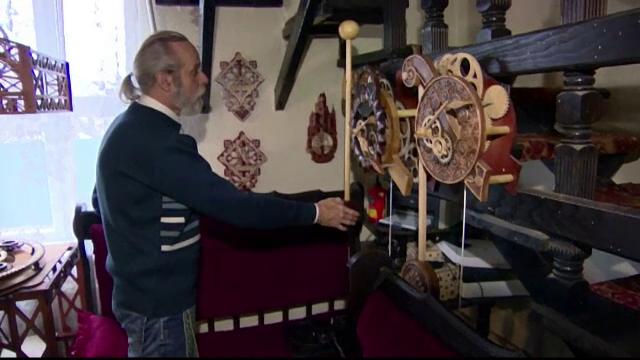 Ceasuri de lemn